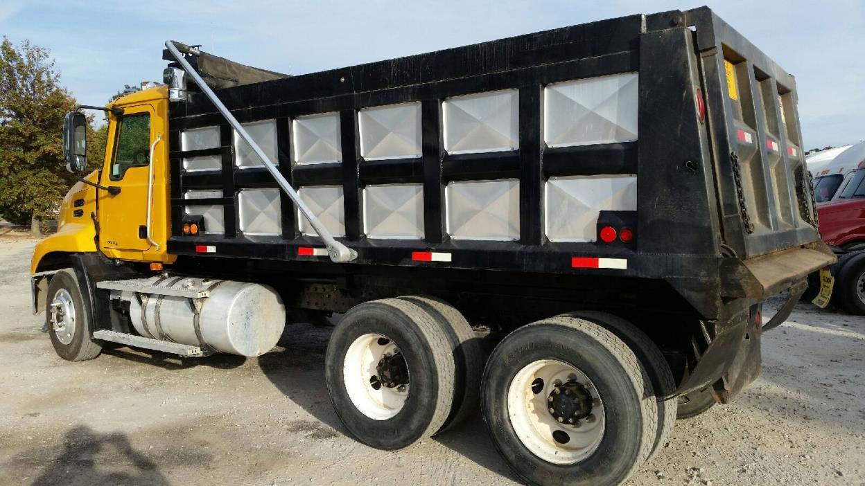 2005 Mack Cxn613 Dump Truck
