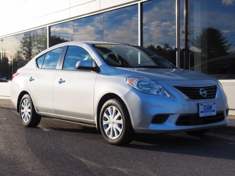 2012 Nissan Versa 1.6 SV (CVT)