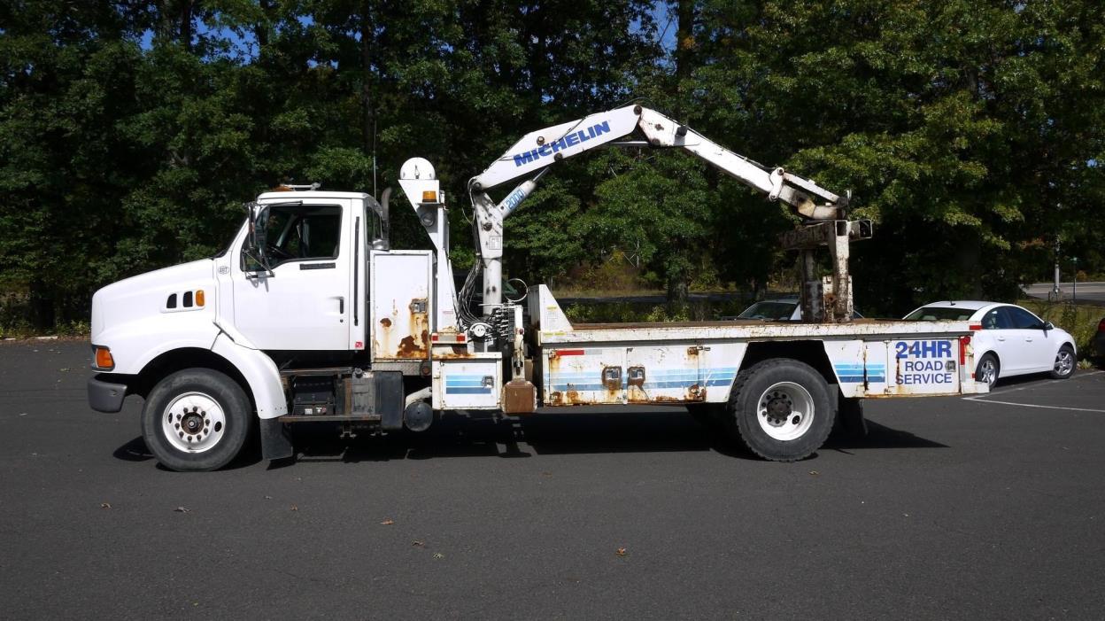 1996 Ford L8000  Bucket Truck - Boom Truck