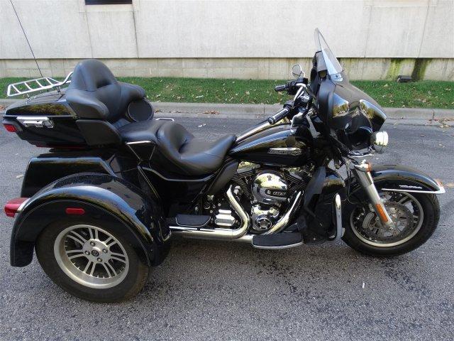 2015 Harley-Davidson Trike Tri Glide Ultra Classic FLHTCUTG