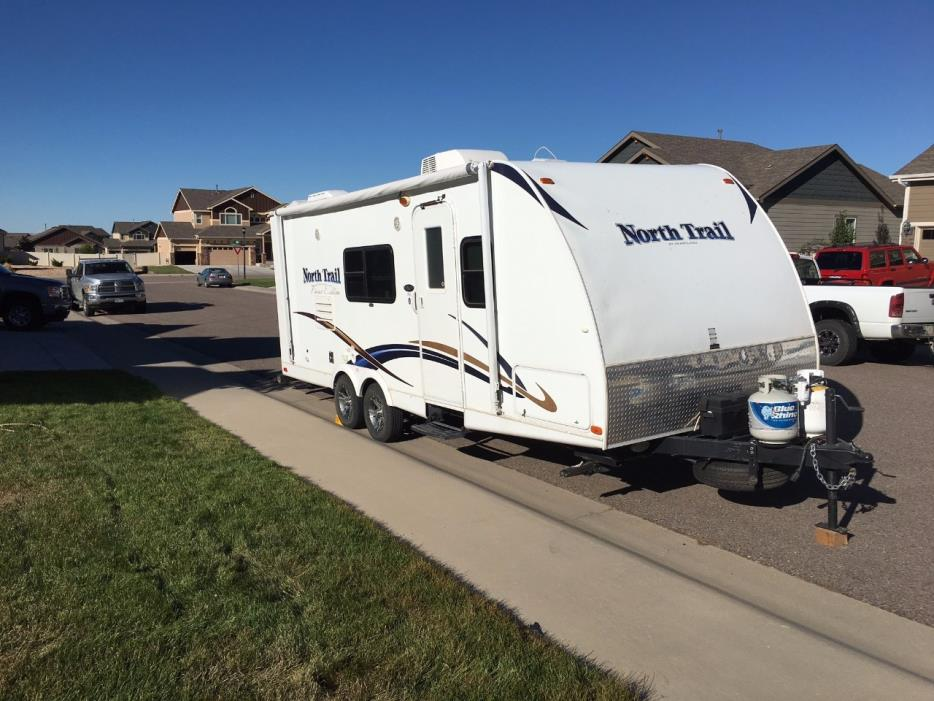 2011 Heartland NORTH TRAIL 22FDS