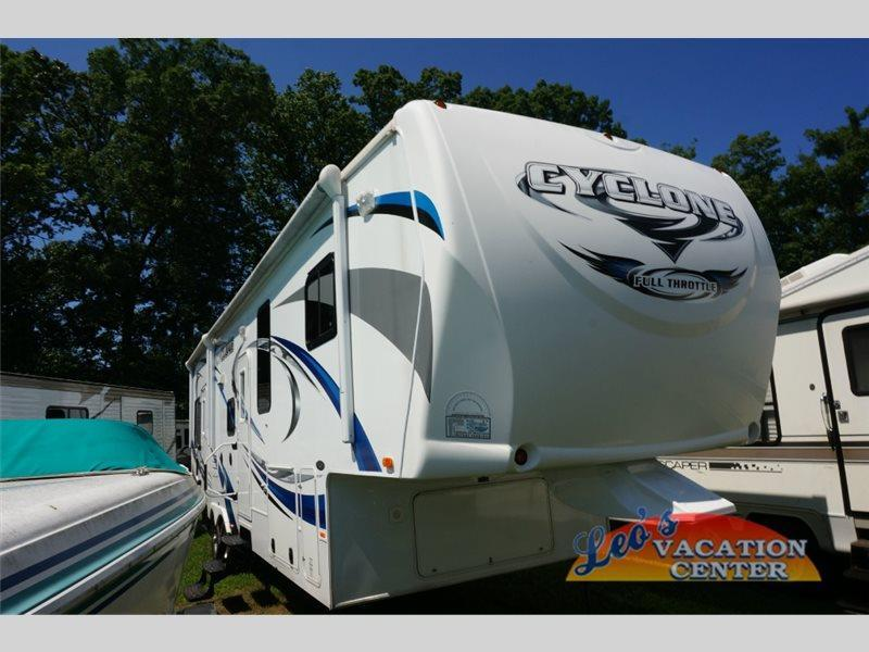 Heartland Rv Cyclone 3010