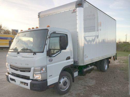 2015 Mitsubishi Fuso Fe160 Box Truck - Straight Truck