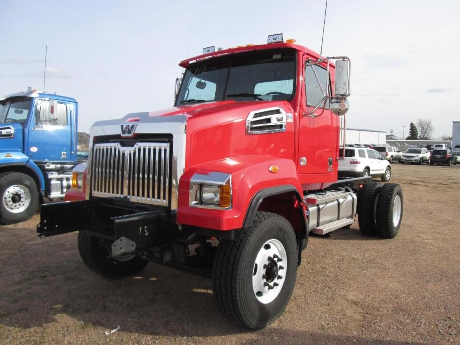 2015 Western Star 4700sf Cab Chassis