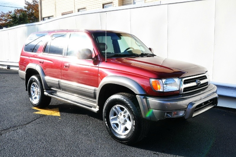 1999 Toyota 4Runner 4dr Limited  4WD