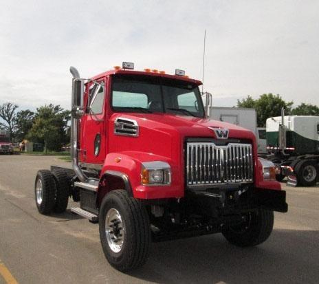 2015 Western Star 4700sf Plow Truck - Spreader Truck