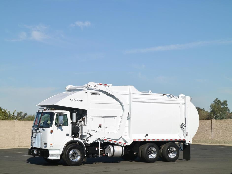 2005 Autocar Xpeditor Garbage Truck