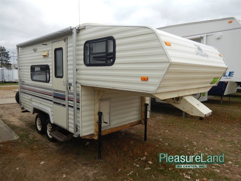 fleetwood rv prowler 18 5 rvs for sale rh smartrvguide com Prowler 5th Wheel Floor Plans Used Prowler 5th Wheels