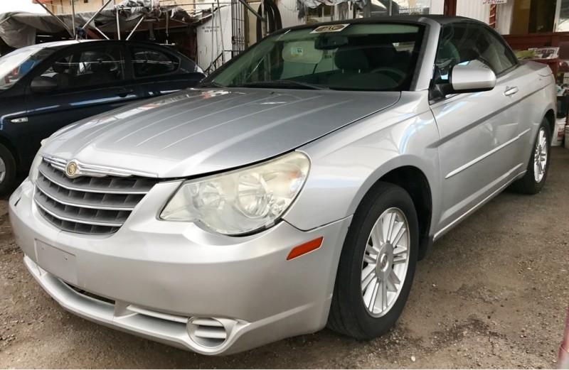 2008 Chrysler Sebring Touring Convertible LOW MILES