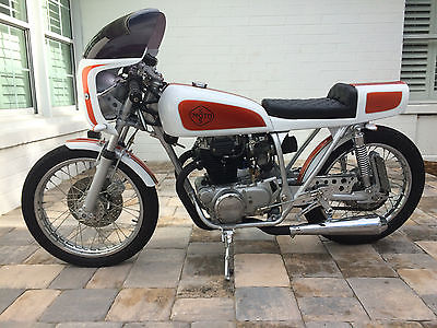1976 Honda CB  Beautiful 1976 Honda CB360 custom caferacer