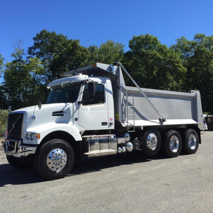 2016 Volvo Vhd84f200  Dump Truck