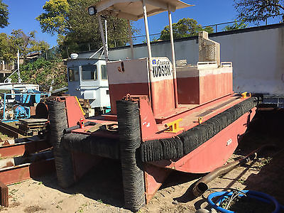 25' Push Boat Truckable