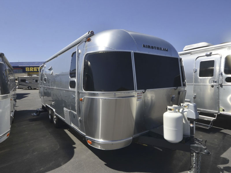 Innovative Airstream Flying Cloud 25 Rear Queen Vehicles For Sale