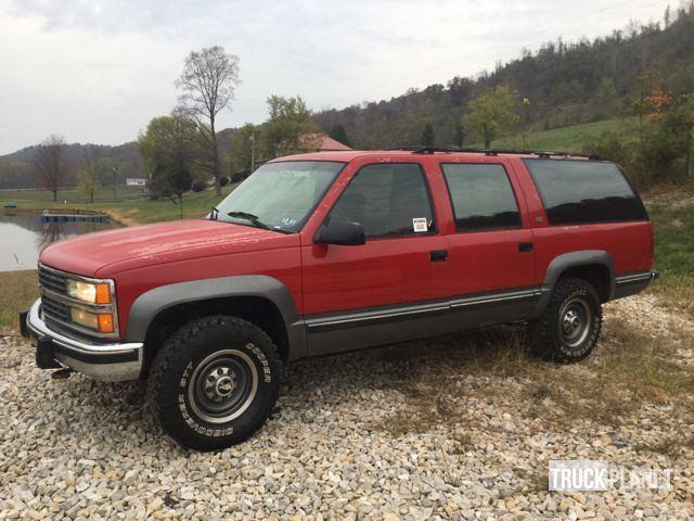1993 Chevrolet K2500 4x4 Suburban