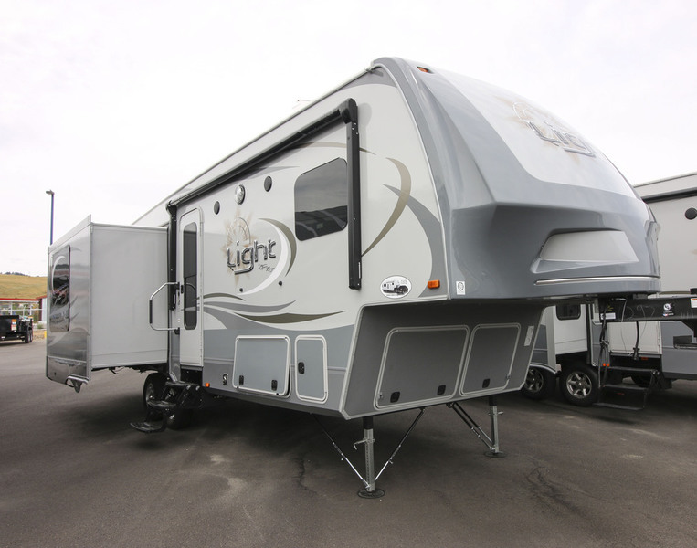 2017 Open Range Rv Light Fifth Wheel LF318RLS