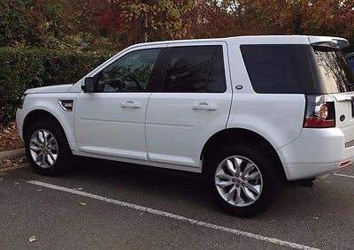 2013 Land Rover LR2 HSE 2013 Land Rover LR2 HSE White w/ Tan Leather