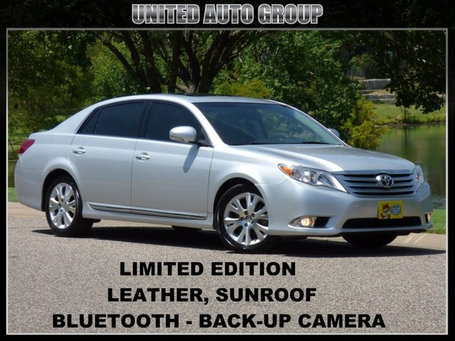 2012 Toyota Avalon LIMITED BACK UP CAMERA, LEATHER, SUNROOF, BLUETOOTH