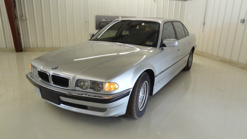 2001 BMW 7 Series 740iL 4dr Sdn