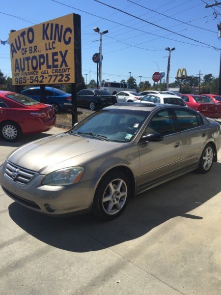 2004 Nissan Altima 4dr Sdn 3.5 SE AutoWE FINANCE ALL CREDIT GURANTEED'