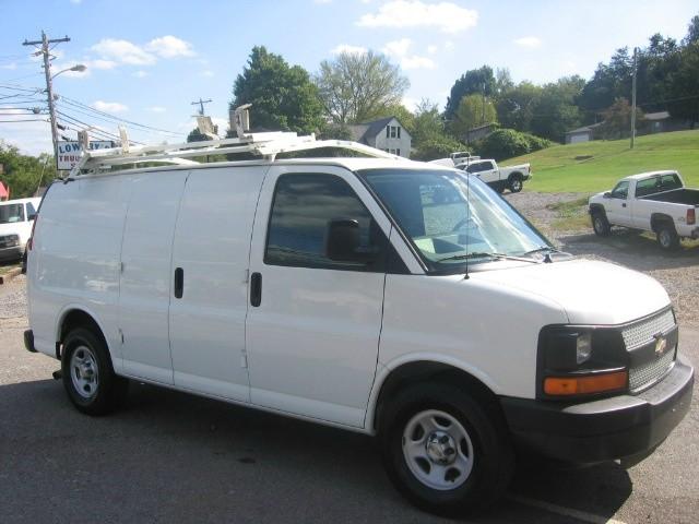 2008 chevrolet express 1500 van