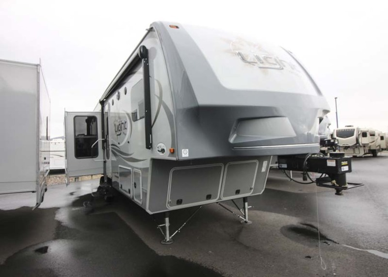2016 Open Range Rv Light The Fifth Wheel LF319RLS