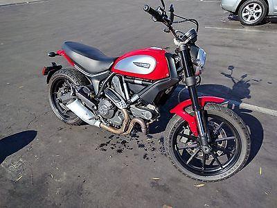 2015 Ducati Scrambler  Ducati Scrambler Icon 803 CC