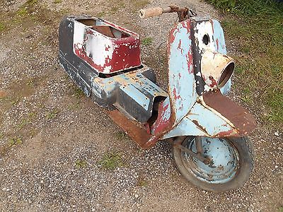 1961 Harley-Davidson TOPPER  1960's HARLEY DAVIDSON TOPPER SCOOTER for parts or restoration project