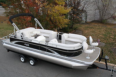 New high end 25 ft pontoon boat----Spring boat show special