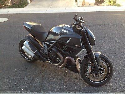 2012 Ducati Diavel  ducati diavel carbon