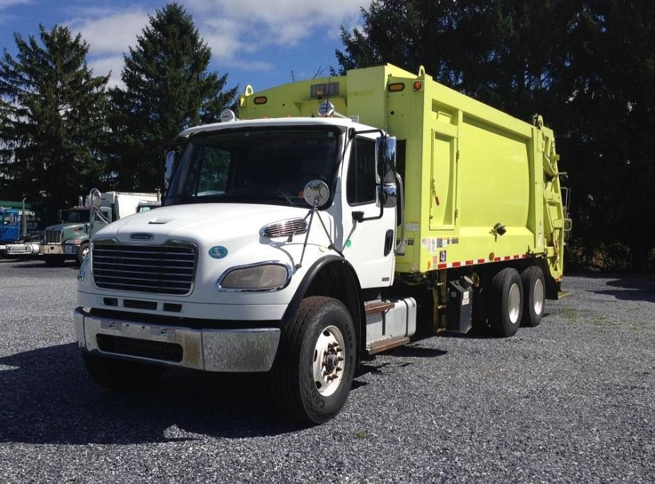 2009 Freightliner Business Class M2 106  Garbage Truck