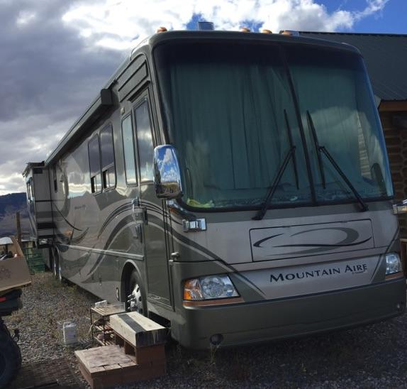 2006 Newmar Mountain Aire M-4301