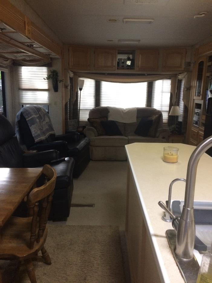 2004 Carriage CARRI-LITE 36