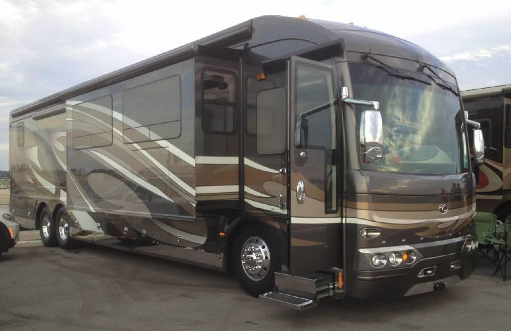 2011 AMERICAN COACH American Heritage 452