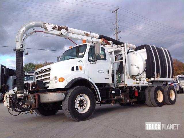 2004 Sterling Lt7501  Vacuum Truck