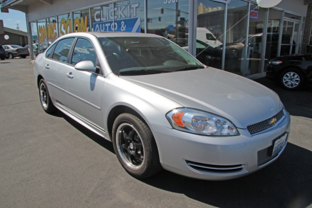 2014 Chevrolet Impala Limited LT (clickitautoandrvvalley)