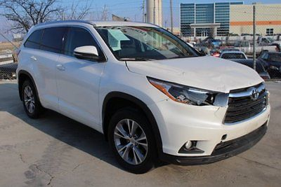2014 Toyota Highlander XLE 2014 Toyota Highlander XLE Damaged Salvage Only 41K Miles Economical Must See!!
