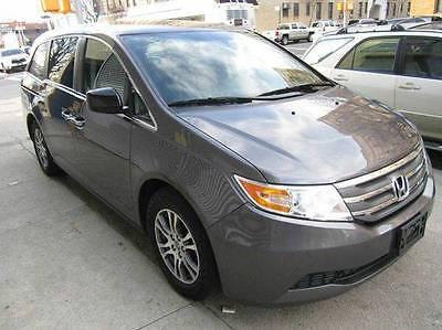 2013 Honda Odyssey EX Mini Passenger Van 4-Door 2013 Honda Odyssey EX Mini Passenger Van 4-Door 3.5L