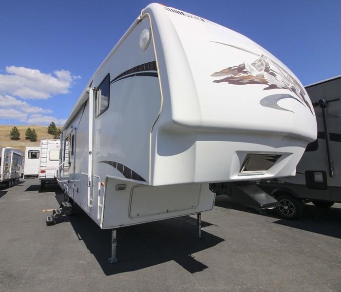 2007 Keystone Montana 3000RK