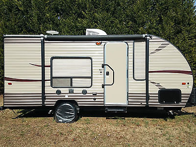 2016 Forest River Wolf Pup 16FQ LIMITED PACKAGE Travel Trailer