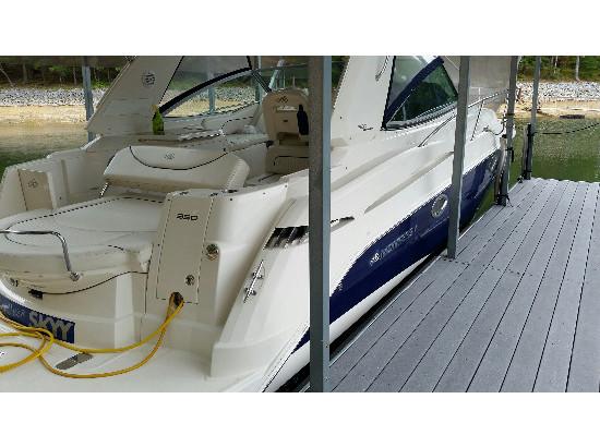 2007 Monterey 330SY