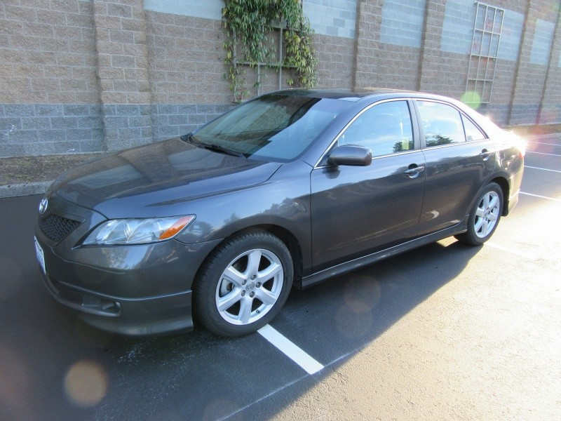 2009 Toyota Camry SE **ONE OWNER**