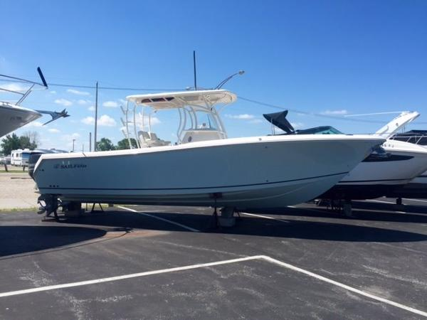 2015 Sailfish 290 Center Console