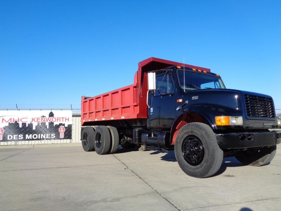 1996 Navistar 4900  Dump Truck