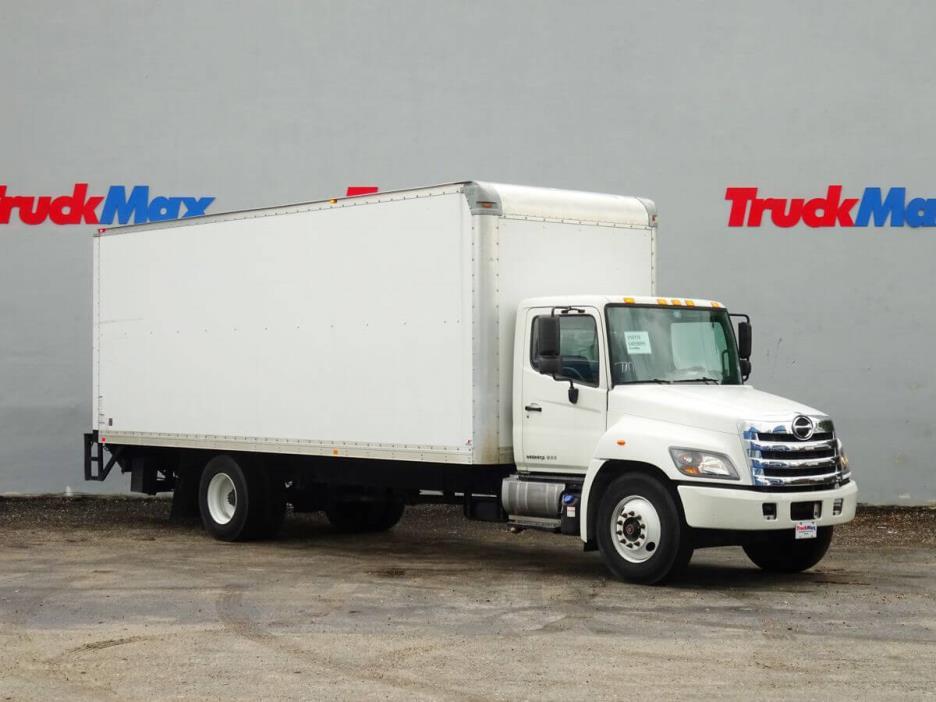 2014 Hino 268a  Box Truck - Straight Truck