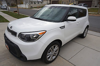 2015 Kia Soul Soul 2015 KIA Soul 2.0 L Like New - 6 speed Manual