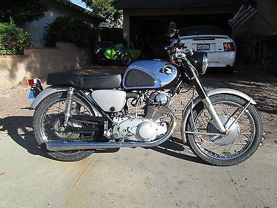 1963 Honda Super Hawk  1963 Honda CB77 305 Superhawk Street Bike