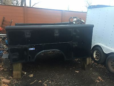 service/ Utility body single axle for pickup with fuel transfer tank / roof rack