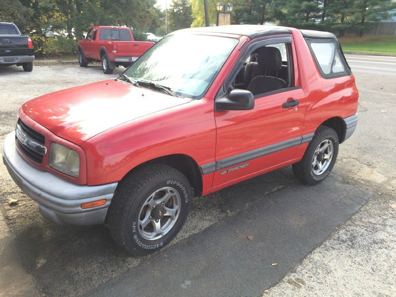 2000 Chevrolet Tracker 2dr Convertible 4WD