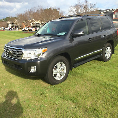 2013 Toyota Land Cruiser Base Sport Utility 4-Door 2013 Toyota Land Cruiser Base Sport Utility 4-Door