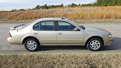 1997 Nissan Maxima  1997 Nissan Maxima